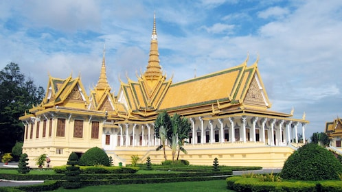 Stunning view of the Royal Palace in Phnom Penh