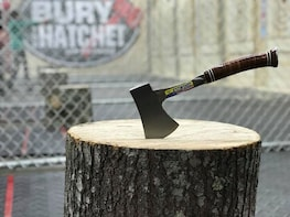2-Hour Axe throwing session for 4