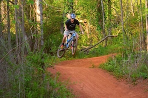 Mountain Biking thru Knoxville's Urban Wilderness Trails