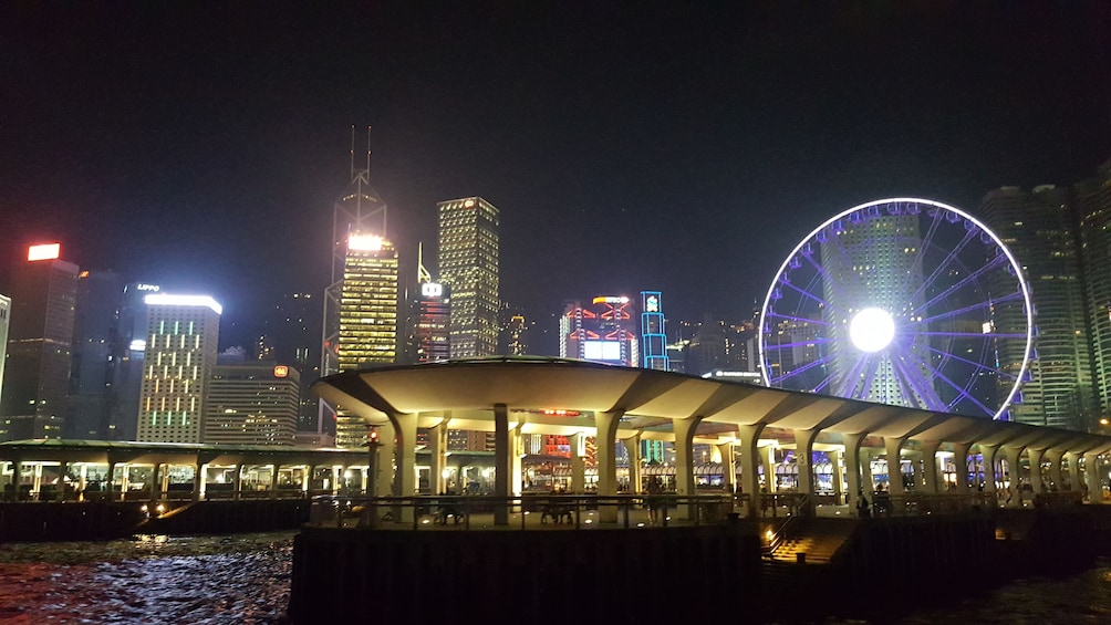 Tampilkan item 3 dari 10. City by Night Tour, Victoria Harbour Cruise & Dinner