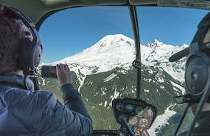 Ultimate Mt. Rainier Tour: Helicopter & Hiking from Seattle