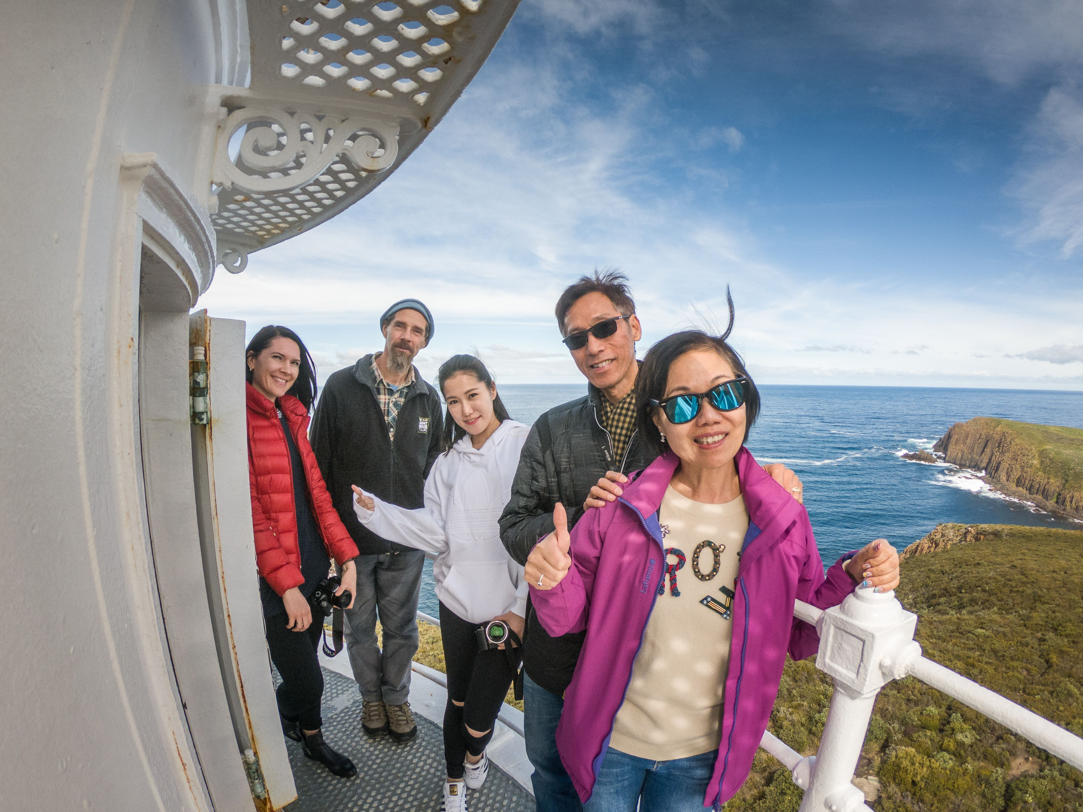 Bruny Island Food, Sightseeing & Lighthouse Tour with Lunch