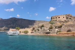 Spinalonga island with entrance fee included
