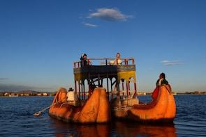Tour Uros floating island (1/2 Day)