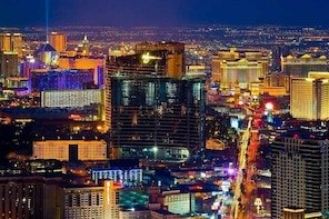 Valentines Day Helicopter Tour - Las Vegas Strip Romantic Couple Ride