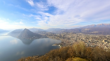 1 Hour Private Walk of Lugano with a Local