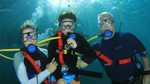 Three divers on SNUBA Adventure in Nassau