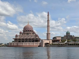 Putrajaya and River Cruise Tour