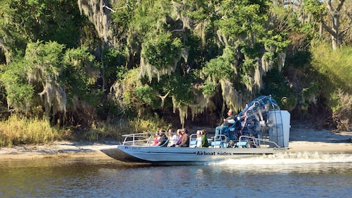 Airboat with passengers in Orlando.