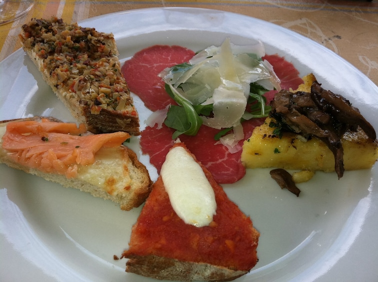 Show item 3 of 4. Historic Annapolis Food Tour