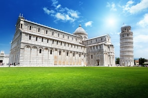 Private Half Day Tour to Pisa from Florence - AM or PM