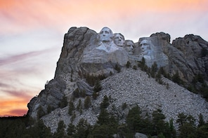 Southern Black Hills Parks & Monuments - Mt Rushmore & More