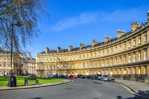 Bath Customised Private Walking Tour with a Local