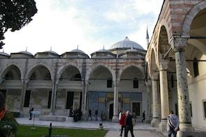 Ingresso sem fila para o Palácio de Topkapi com passeio guiado