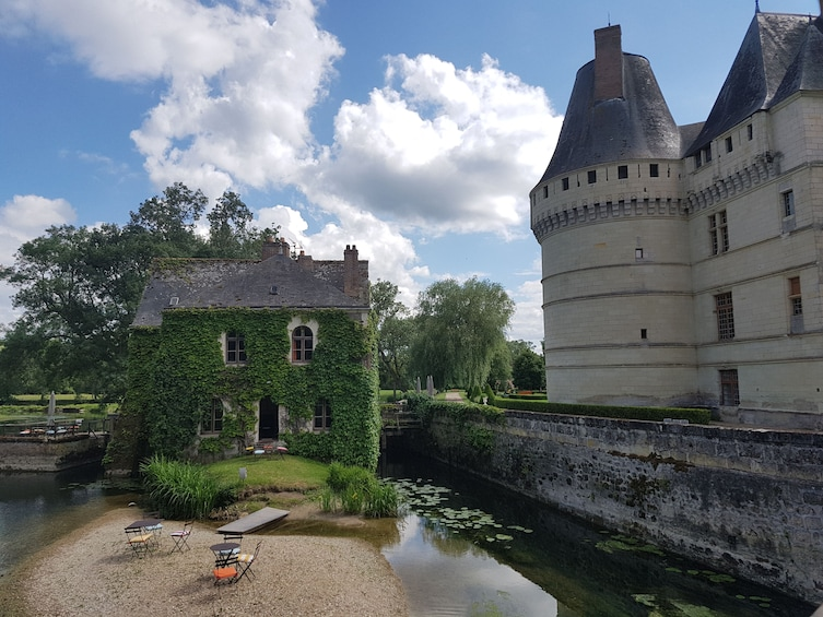 Show item 3 of 5. Villandry, l'Islette châteaux & Vouvray wine tour from TOURS