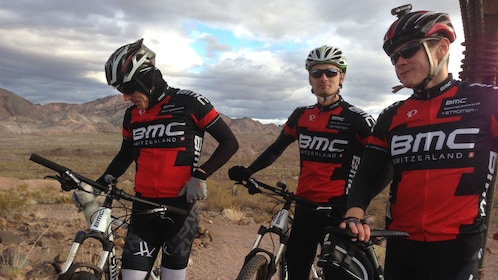 Bicyclists ready to embark on a full day tour around Las Vegas