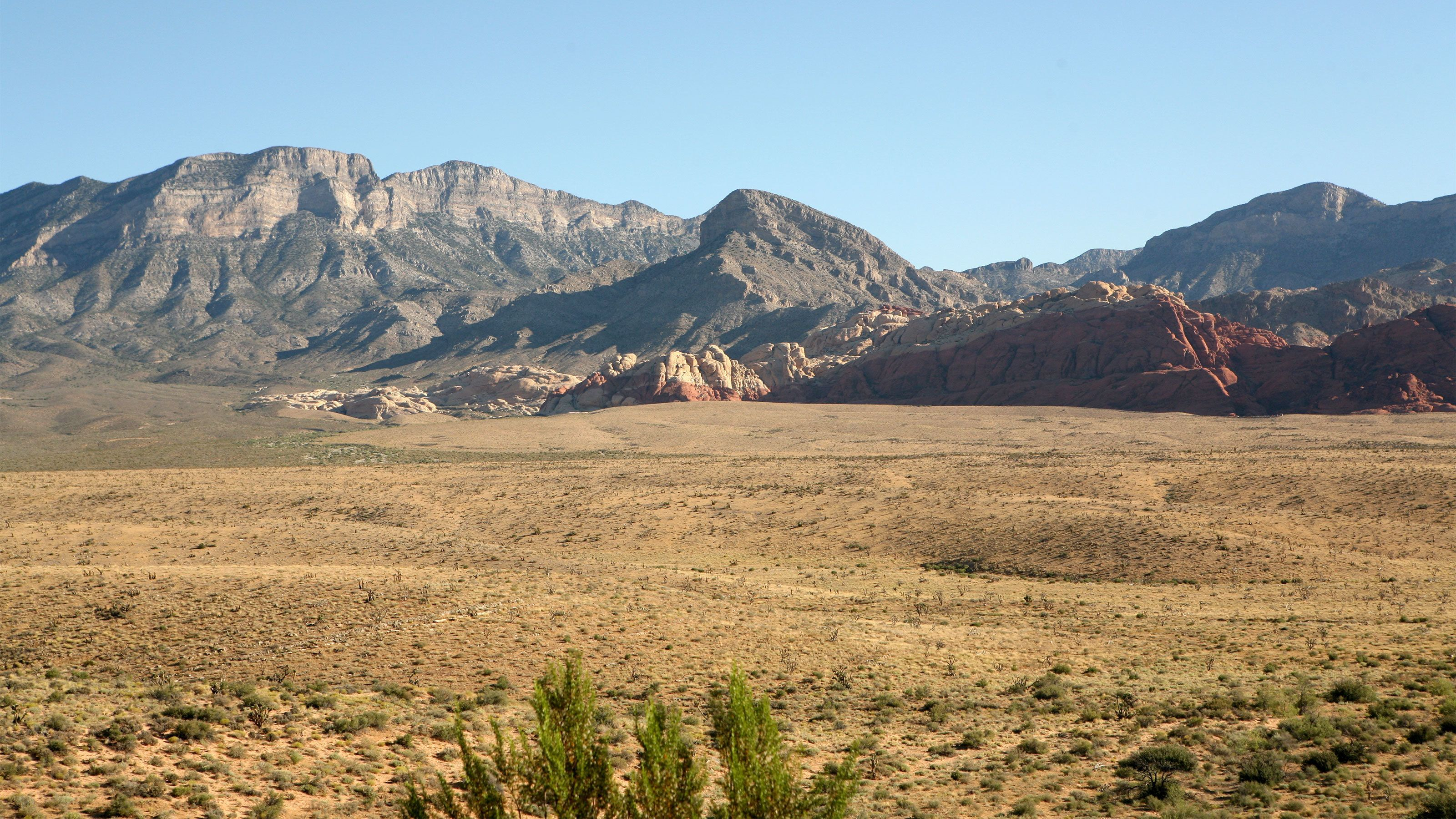 Scenic view of Red Rock Canyon in the afternoon