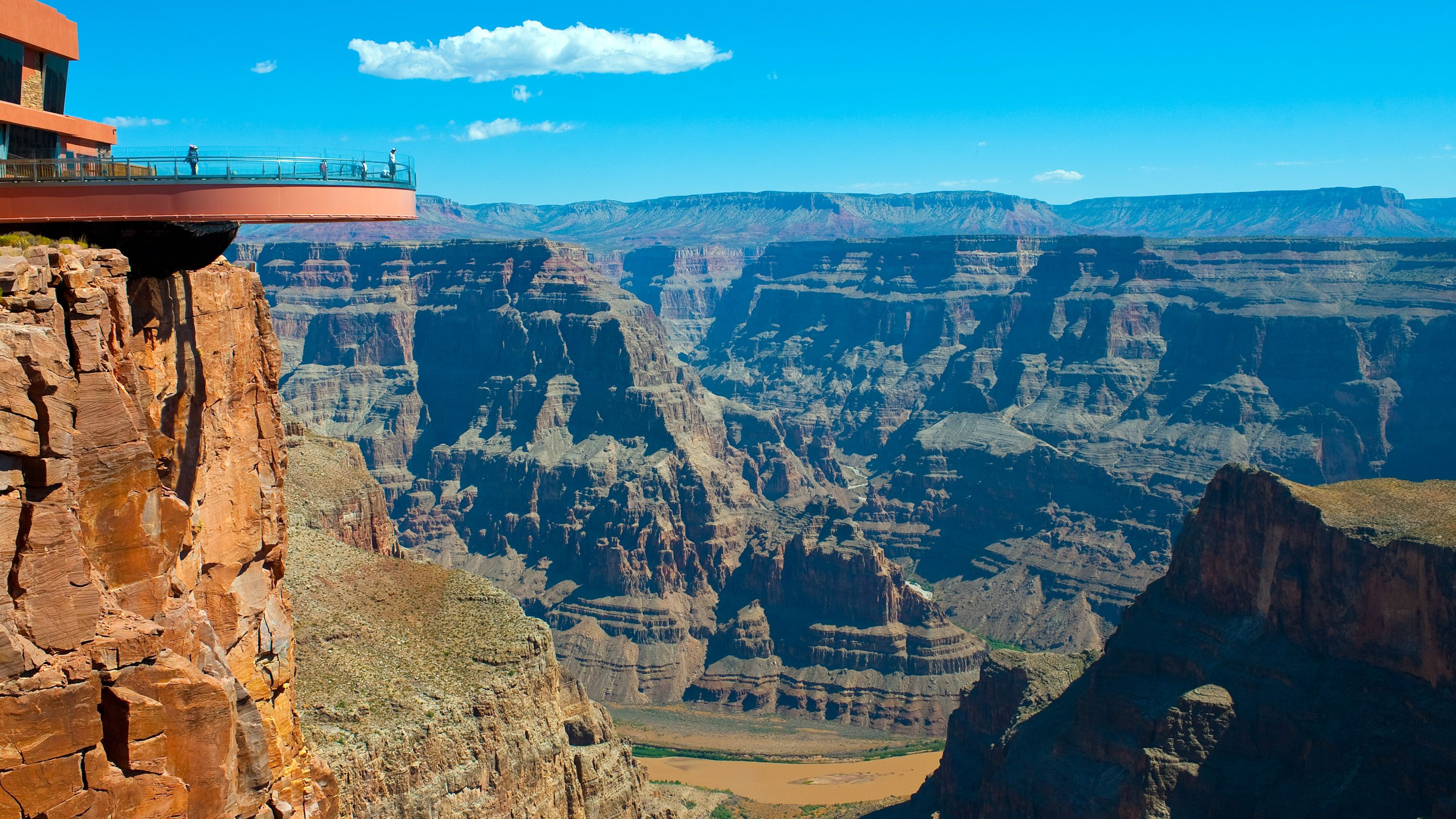 Panoramic view of the Observation deck of the Skywalk Odyssey and the grand canyon