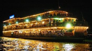 西贡河晚餐巡游与水上木偶戏和人力三轮车之旅