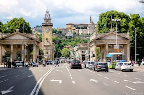 Bergamo: 2.5-hour private tour of the Lower Town