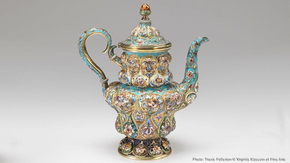 Carregar foto 6 de 6. Ornate teapot featured at the Bellagio Gallery of Fine Art