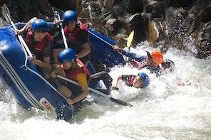 Gopeng: White Water Rafting / Waterfall Abseiling / White Water River Tubin...