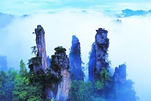 Private Day Trip of Zhangjiajie National Forest Park and Glass Bridge