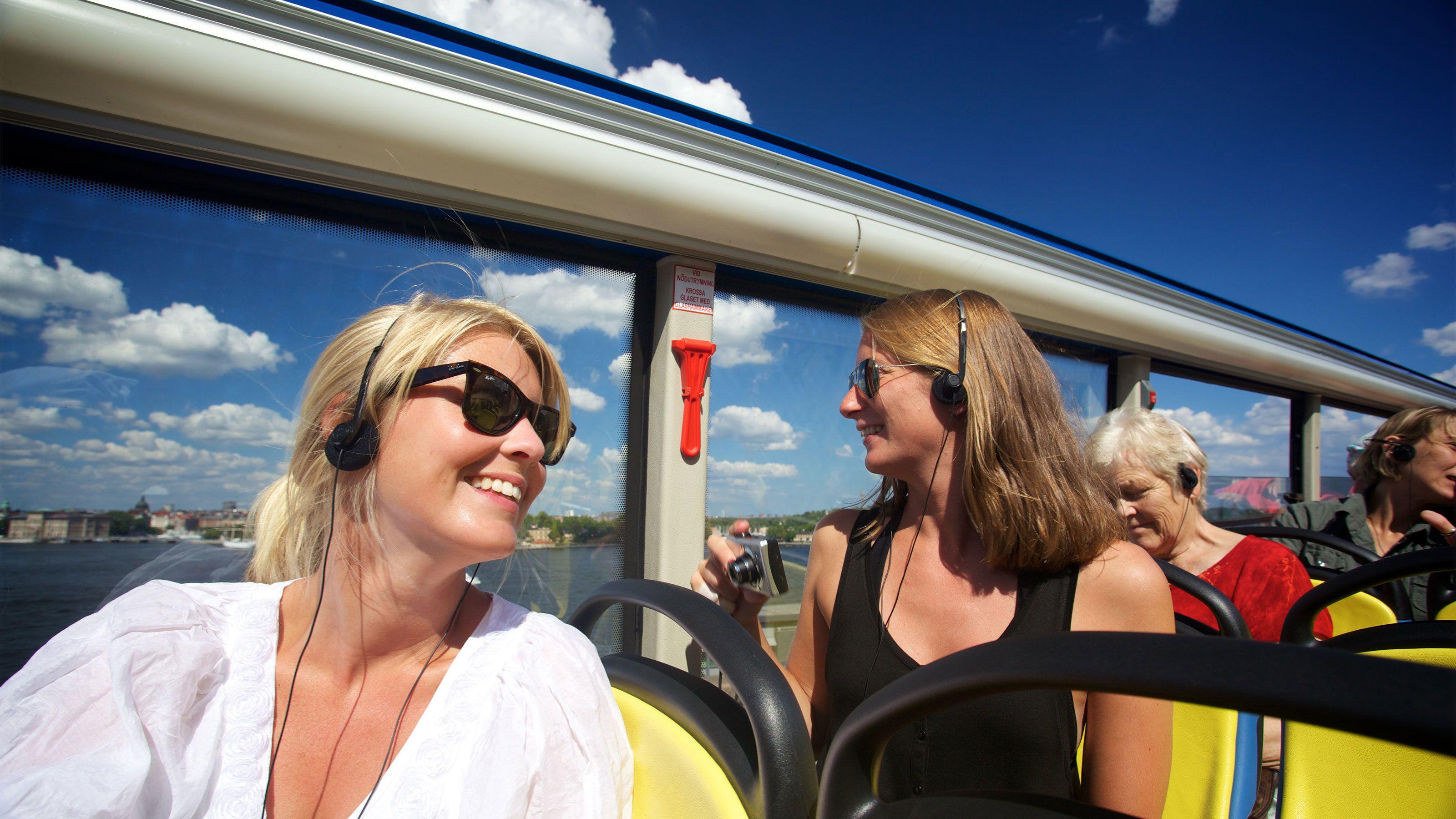 Biljett med buss- och båtkombination med hop-on/hop-off