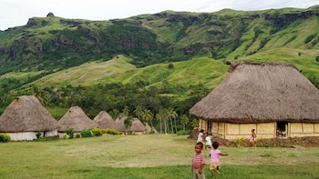 Authentic Fijian Village Cultural Day Experience with Lunch