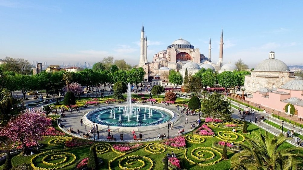 Foto 10 von 10 laden Istanbul in One Day Small-Group Tour