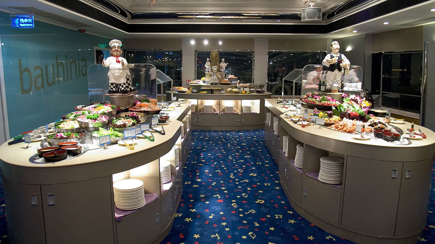 Open buffet style dinner in Hong Kong