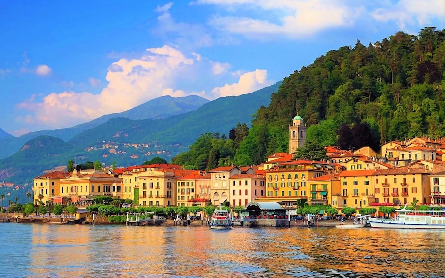 Apri foto 1 di 8. Best of Lake Como Experience from Milan, Cruise & Landscapes