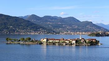 Day Trip to Lake Maggiore & the Borromean Islands by Train