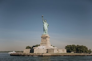 Early Access Statue of Liberty & Ellis Island