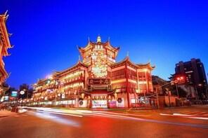 Shanghai City Tour including Bund Yuyuan Garden and Xintiandi