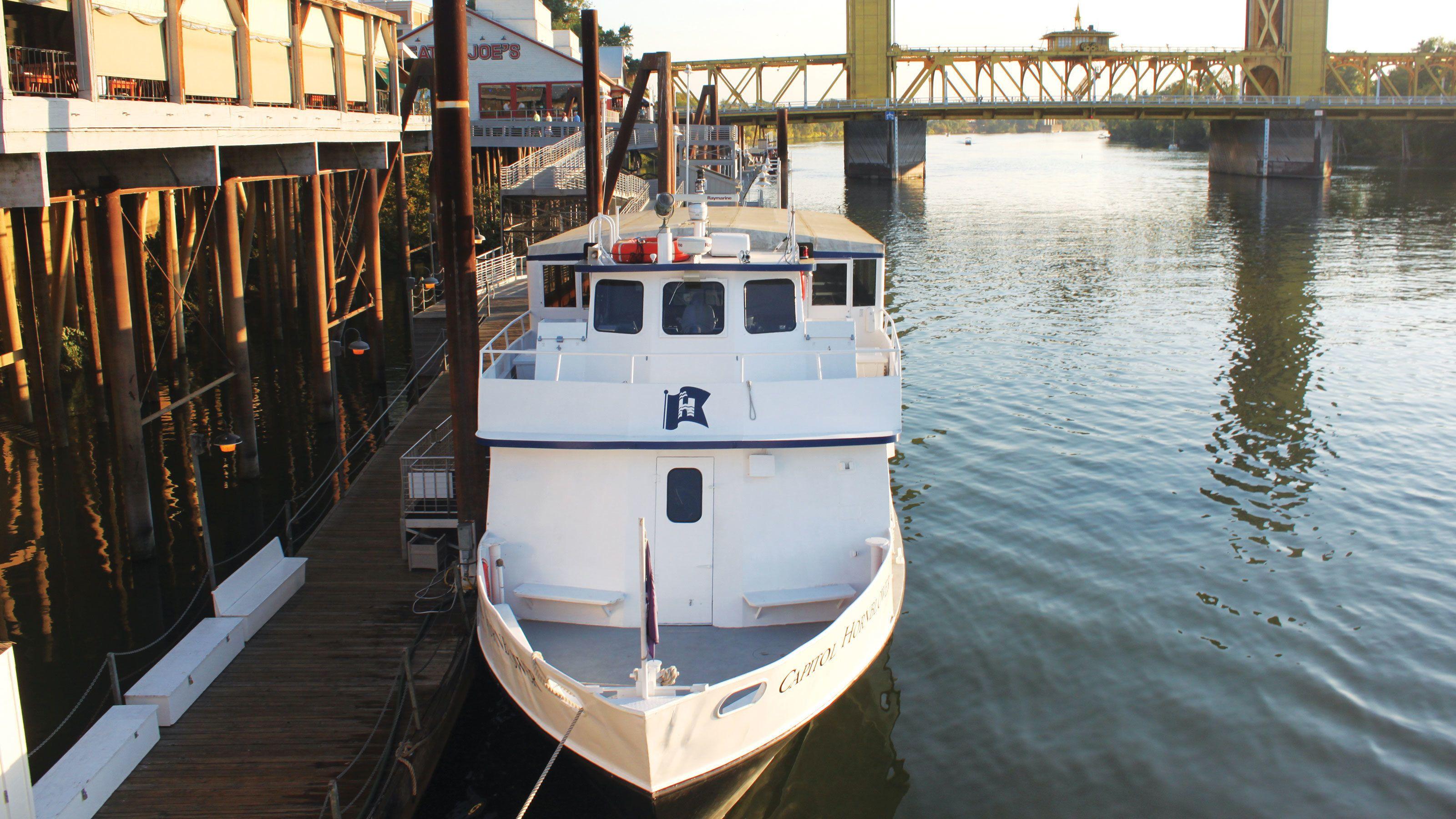 Historic River Cruise on the Sacramento River