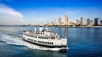 Sights & Sips Sunset Cruise -risteily San Diegon lahdella