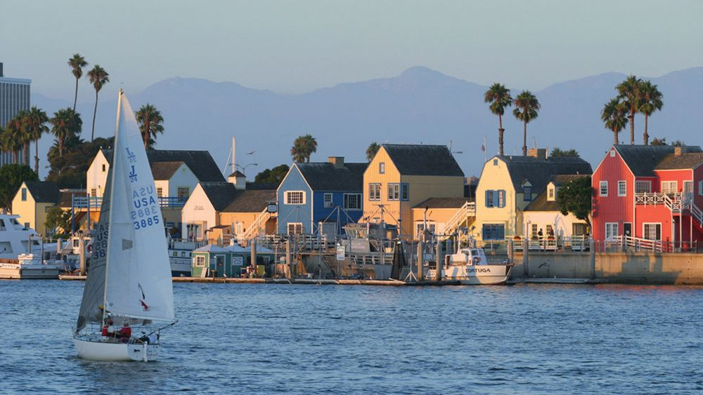 Depart from Marina del Rey and enjoy views of the Los Angeles coastline on the Starlight Dinner Cruise
