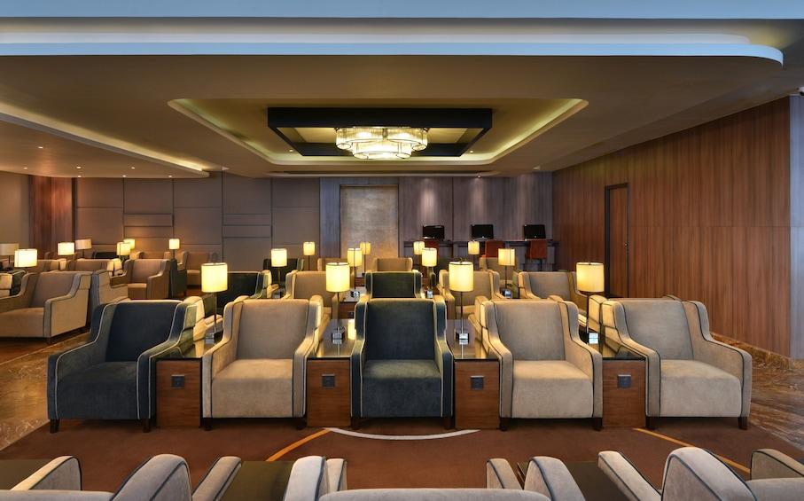 正在顯示第 5 張相片,共 9 張。 Plaza Premium Lounge at Indira Gandhi International Airport