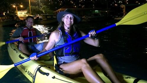 Couple embarks on the evening kayak tour around St. Thomas