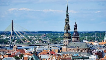 Discover Riga in 60 minutes with a Local