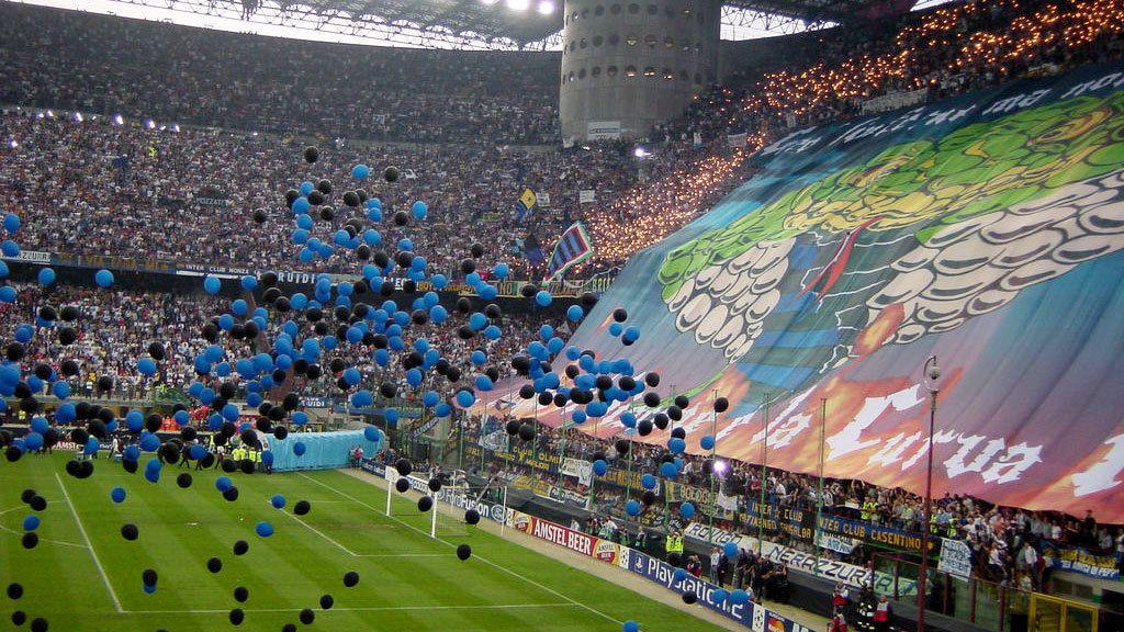 Fußball-Tour: San-Siro-Stadion und Casa Milan