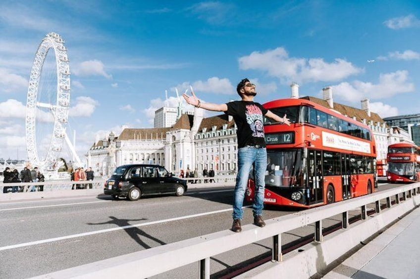 Show item 1 of 6. Best activity in United Kingdom - Candid Photoshoot by Travographer