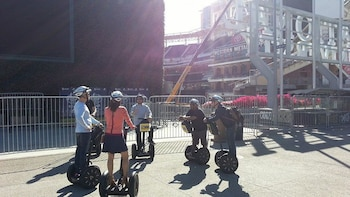Gaslamp & City Centre Segway Tour