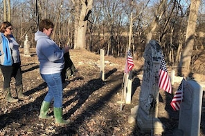 Indian Burial Mounds & Forgotten Graveyards Tour