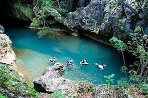 Cave Tubing & Xunantunich (Mayan Ruins) From Placencia
