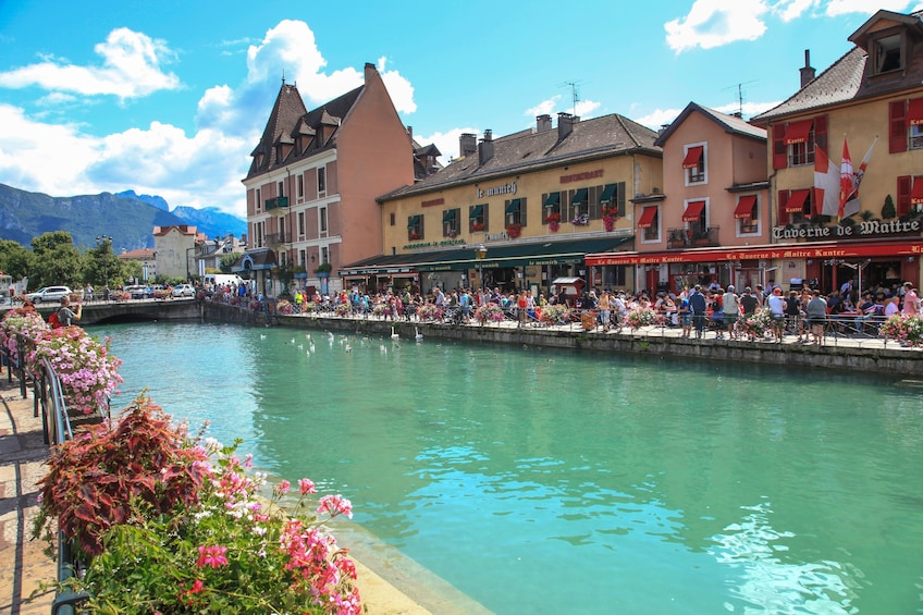 Show item 5 of 10. Geneva city and Annecy Private Guided Tour