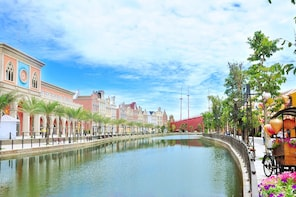 Vinpearl Land Nam Hoi An Join-in Day Trip ( From 2 pax)