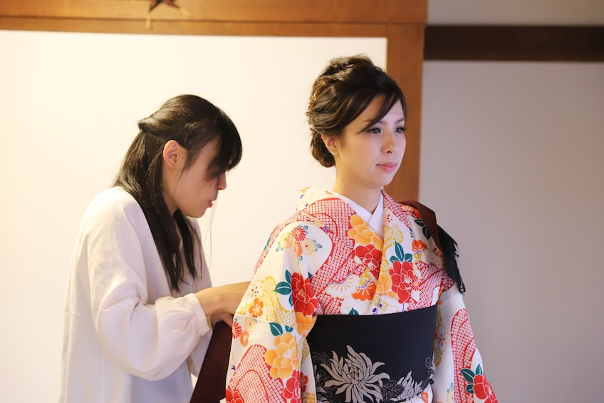 Show item 1 of 7. Kimono photoshoot in an traditional building  NOV - MAY