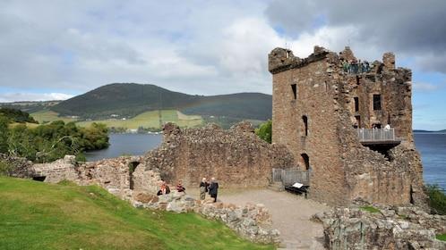 castle ruins in edinburgh